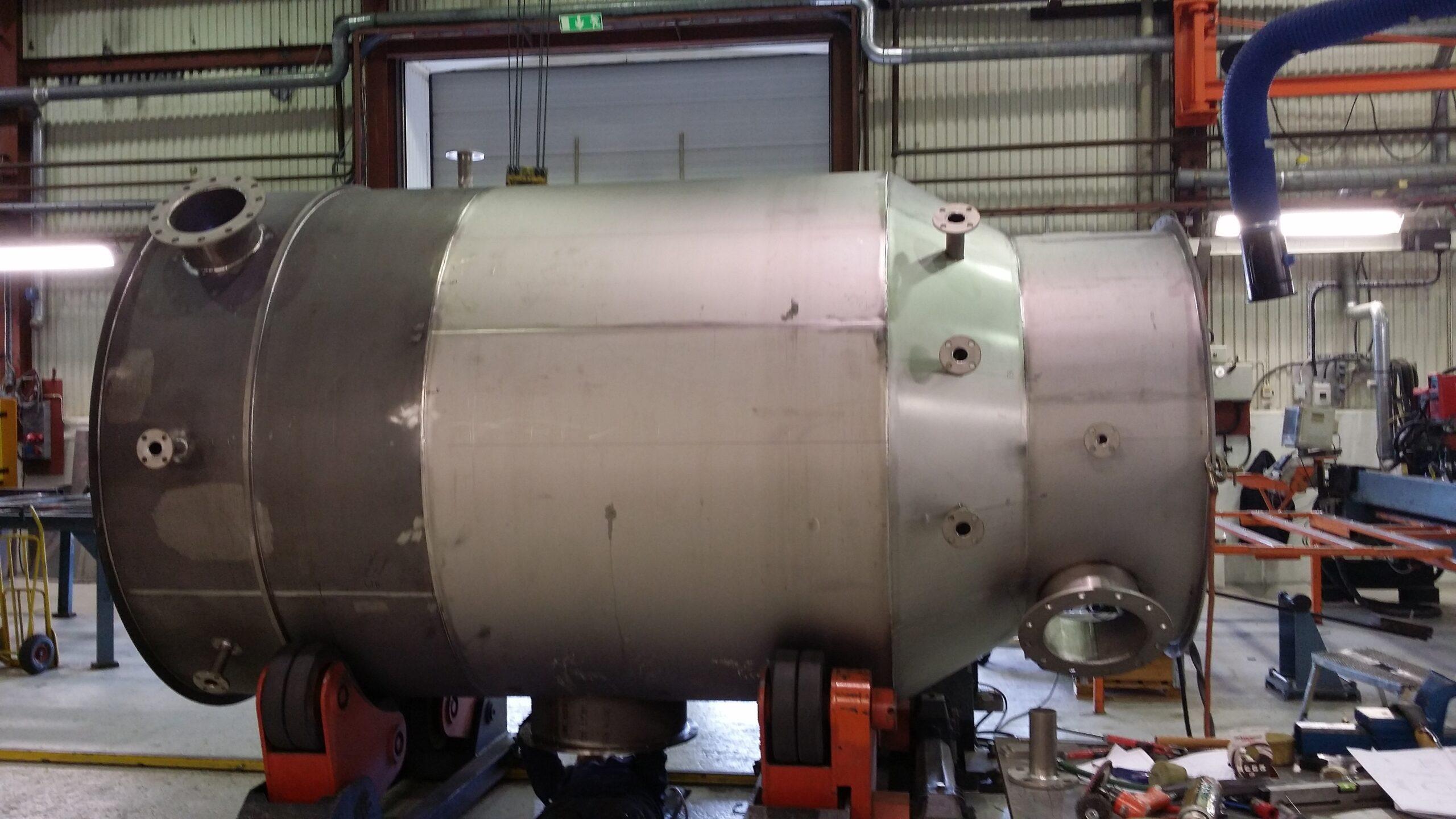 2014-06 Absorptionstorn för ClO2 | Pumptank tillverkad i titan.